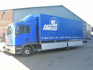 вантажоперевезення з бічним завантаженням